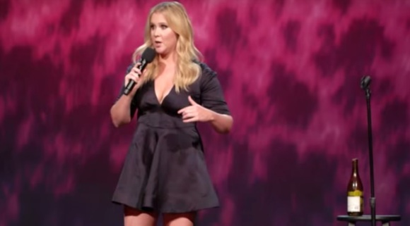 amy-schumer-live-from-the-apollo